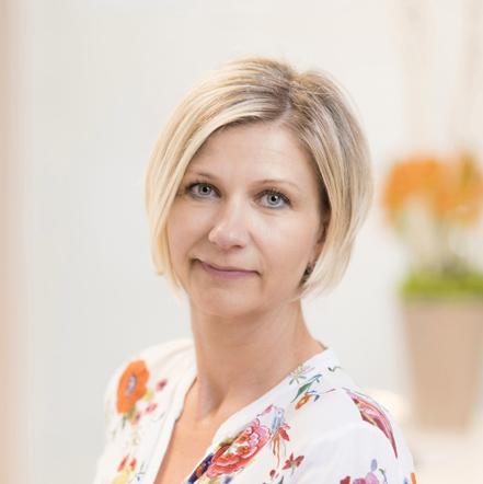 Portrait Mandy Rennies, im Team von Dr. Jan Aleyt und Julia Hilbert